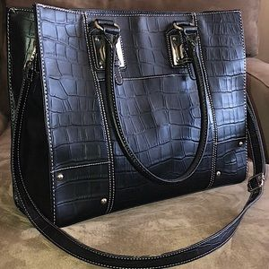 Wilson's Leather Business Crossbody Tote